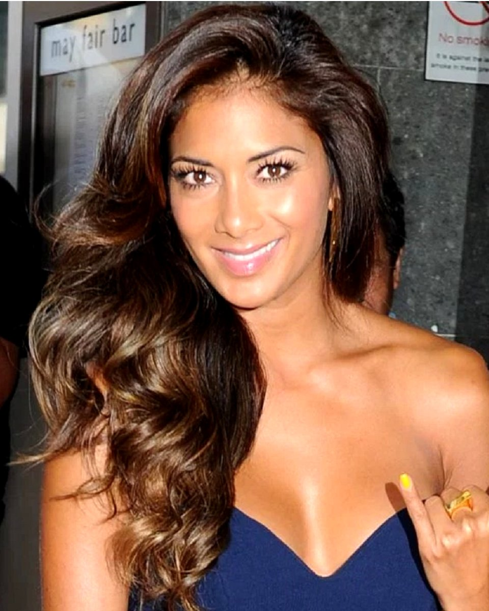 Nicole Scherzinger -Body Wave - Celebrity Custom Lace Wig