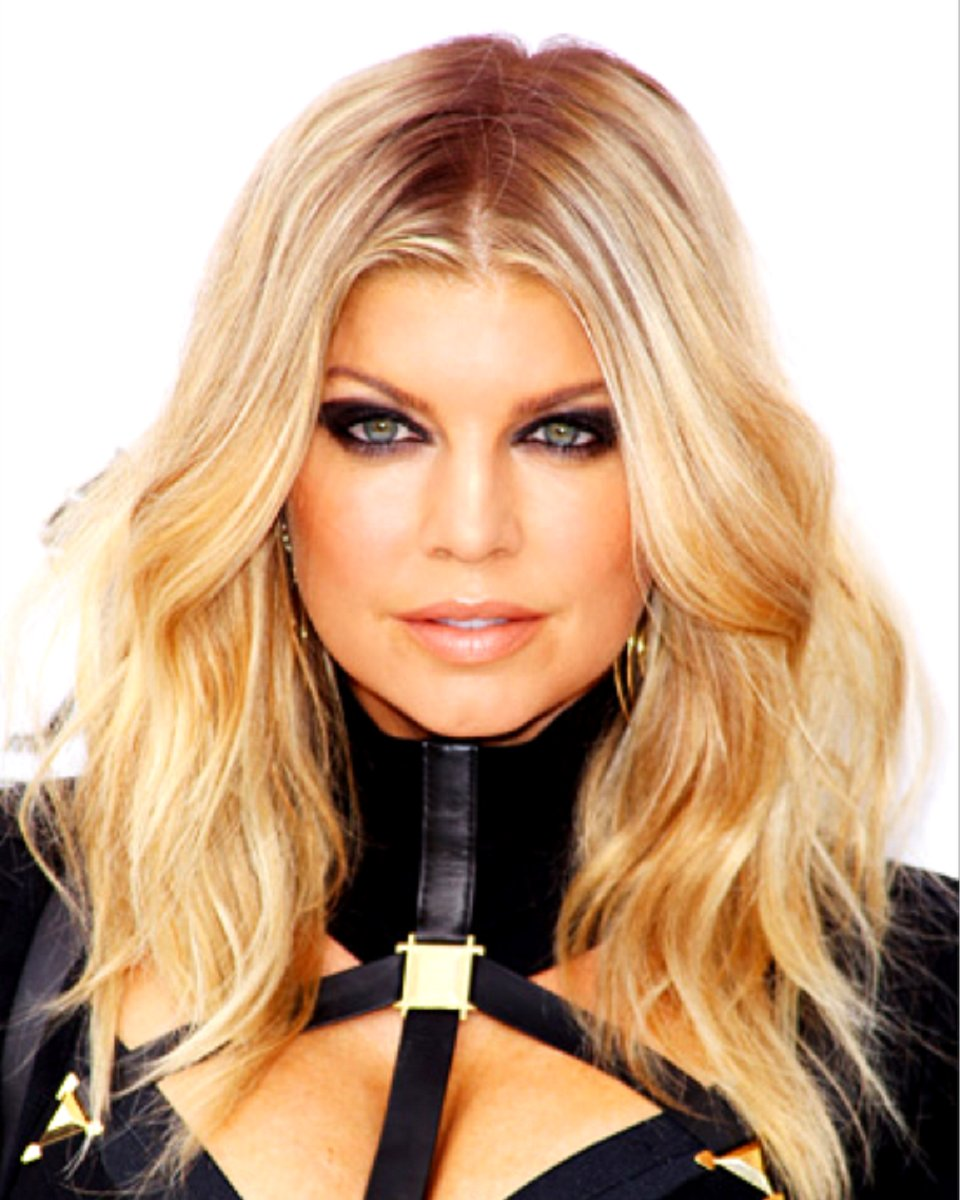 Fergie – Two Toned Slight Wave - Celebrity Custom Lace Wig