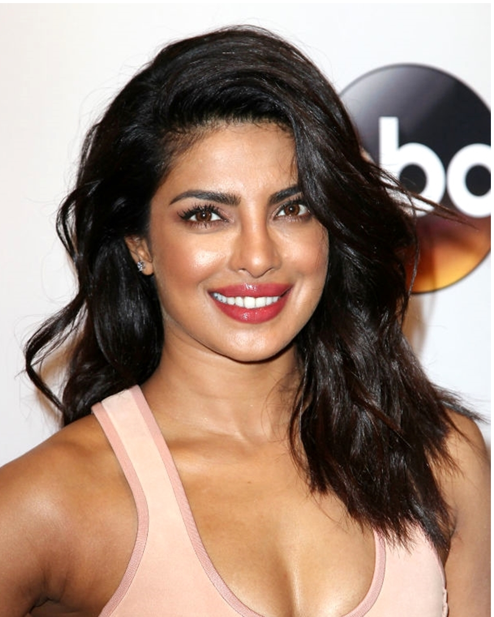 Priyanka Chopra - Loose Wave- Celebrity Custom Lace Wig